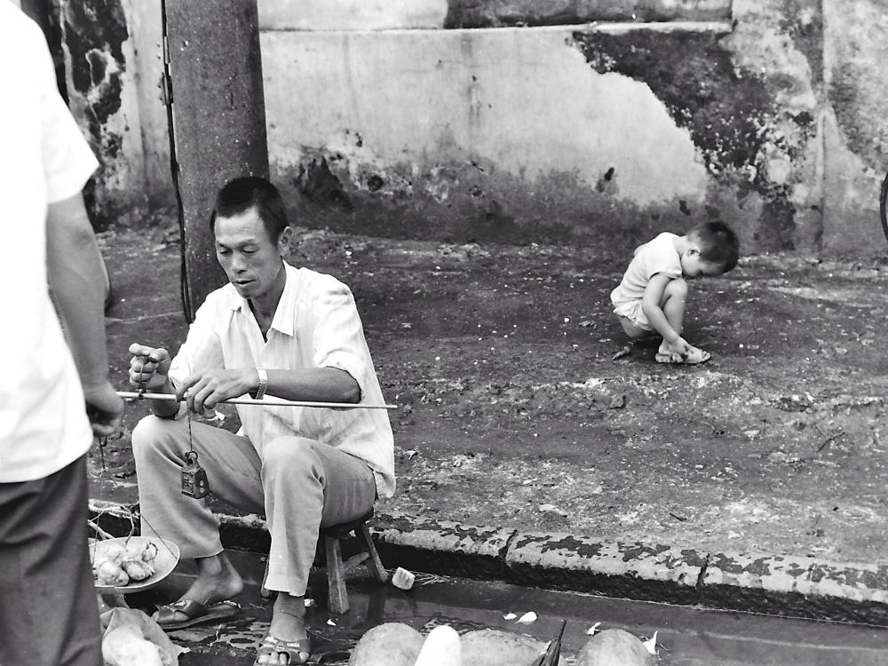 Ad un mercato di Guiln, 1991